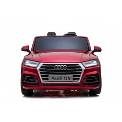 AUDI Q5 S-LINE 24 V RED ON THE ROAD TO COME